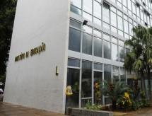 MEC anuncia que maior parte do R$ 1,99 bilhão liberado vai para universidades e institutos de ensino