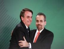 Governo Bolsonaro quer ampliar educação a distância no ensino superior federal