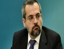 Ministro da Educação defende cobrança de mensalidade na pós-graduação