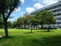 Aposta do MEC, verba extra captada por universidades federais caiu à metade