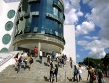 Contingenciamentos na educação afetam atividades de pesquisa e extensão da UFTM