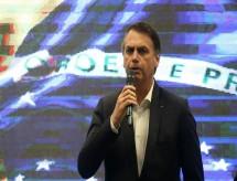'Eu exagerei', diz Bolsonaro sobre ter chamado manifestantes da educação de 'idiotas úteis'
