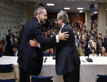 Quem continuar na guerra, batendo, está fora', diz Abraham Weintraub ao assumir MEC