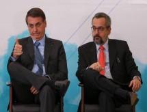 Orçamento de Bolsonaro para 2020 tira metade dos recursos do MEC para pesquisa