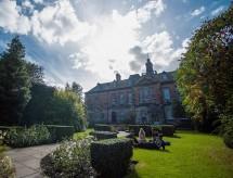 Bolsa de estudo de £ 25.000 da University of Dundee, Escócia