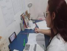 Crise e pandemia forçam jovens a buscar trabalho e prejudicam estudos