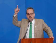 Brasil será o último lugar do Pisa na América Latina, diz ministro da Educação