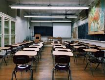 Receita de escolas pequenas cai 50%