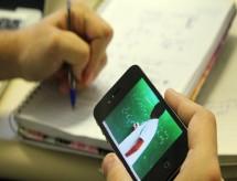 Professores relatam de aulas online com 300 alunos a demissões por pop-up