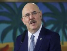 Novo ministro da Educação promete buscar 'grande diálogo' com acadêmicos e educadores