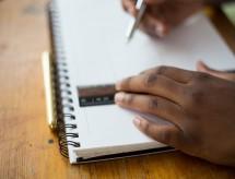 Ensino Superior: Estudante é duas vezes negativada por instituição na qual sequer fez a matrícula; entenda