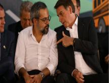 Se Weintraub cair, Bolsonaro minimiza crise com STF e Congresso