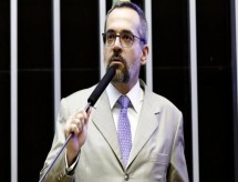 MPF processa Weintraub e pede R$ 5 mi por dano moral a alunos e professores