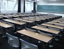 Número de alunos transferidos para a rede pública em SP cresce 44,4% e inadimplência em faculdades já é a maior da história