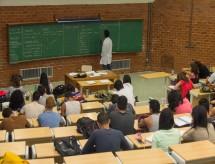 Taxa de mulheres com ensino superior no DF é quase dobro da média nacional