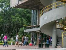 Projeto proíbe corte de bolsas de estudo e de iniciação científica durante calamidade