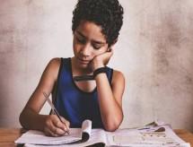 77% dos alunos se sentem tristes na pandemia, aponta pesquisa