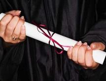 Pandemia não é motivo para universidade antecipar colação de grau, diz TRF-4