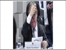 MEC Fica à Deriva Após 6 Recuos e 15 Exonerações; General deve ir para o Inep