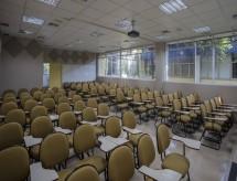 Com inadimplência e evasão em alta na pandemia, 30% das instituições de Ensino Superior podem fechar em 2020