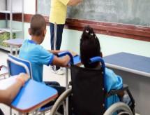 MEC desobedece STF e divulga política de educação que segrega alunos com deficiência