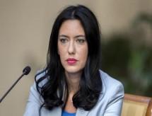 Ministra da Educação italiana admite que ensino a distância atingiu limite