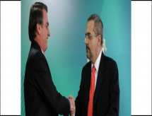 Bolsonaro diz que não pretende, por enquanto, mudar ministro da Educação