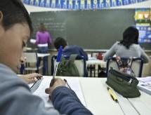 Governo altera parâmetros do Fundeb e reduz investimento anual por aluno em 2020