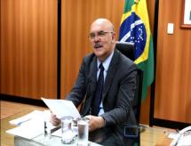 MEC e OCDE se reúnem para discutir ações de aperfeiçoamento da política educacional brasileira
