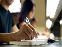 43% dos cursos superiores particulares têm nota ruim em avaliação federal