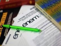 Indefinição do Enem expõe calamidade no ensino em época de pandemia