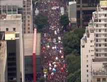Estudantes e professores mostram a realidade da educação no Brasil