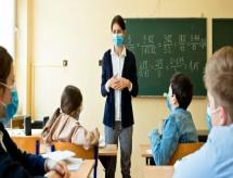 Câmara aprova urgência de projeto de lei que torna educação essencial