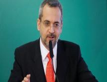 Aluno tem direito de filmar professor, diz ministro após post de Bolsonaro.