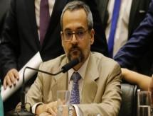 STF notifica Weintraub a se manifestar sobre ofensas à UNE