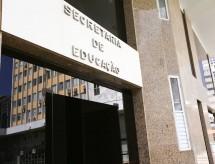 Secretaria de Educação investiga contratos que ultrapassam meio bilhão