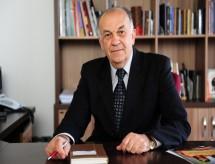 Conselho de reitores propõe ampla reforma do ensino superior e interferência mínima do MEC